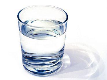 ۷۰ درصد وزن انسان از آب تشکیل شده !